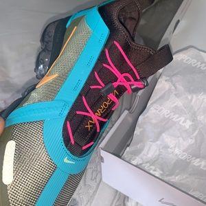 Women Nike Vapormax. Brand New. With Box.